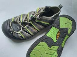 Kid shoes sandals reef shoes water shoes size 1 gray green K