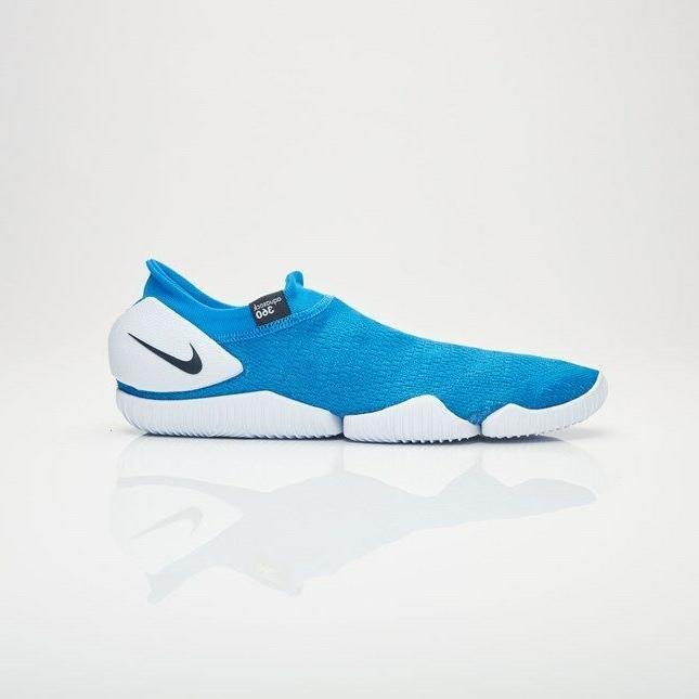 Nike Men's Aqua Sock Photo