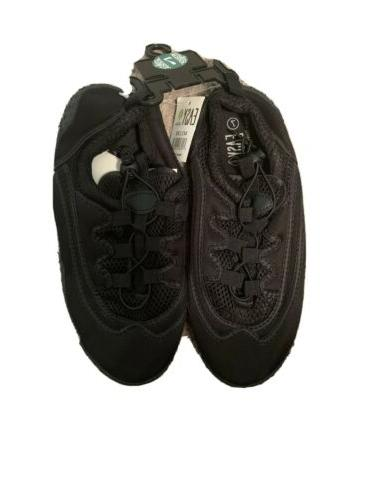 mens water shoes size 7