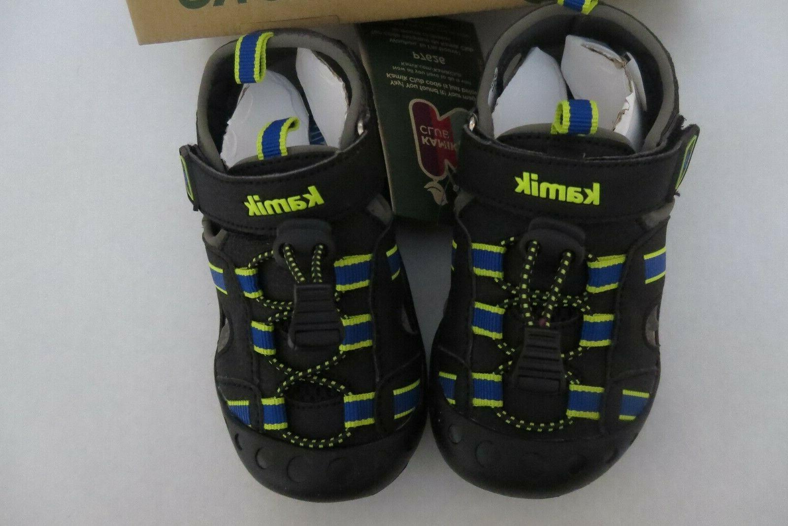 NEW Boys Closed Toe Black Shoes 4 Water Shoes