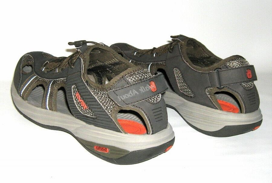 NEW WATER TRAIL SHOES