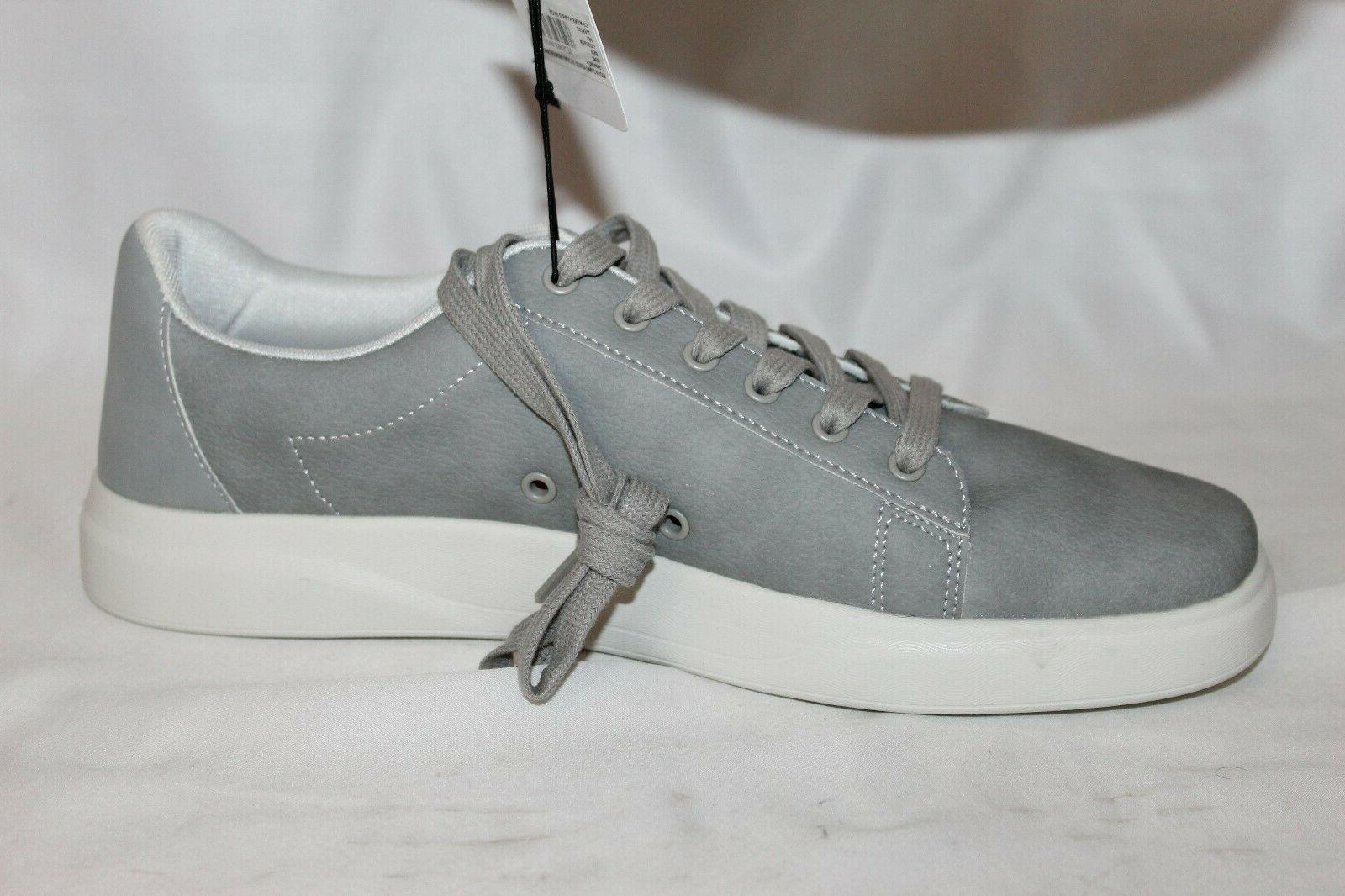 NEW Mens Quart Lightweight Sneaker Gray 11 NWOB