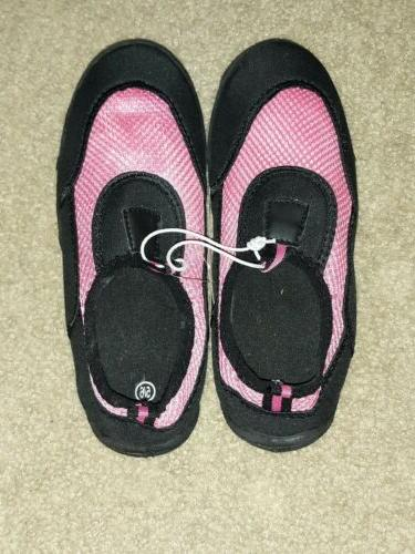 NWT PINK/BLACK SHOES SIZE SMALL