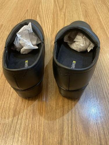 Shoes 7 Slip Water Resistant