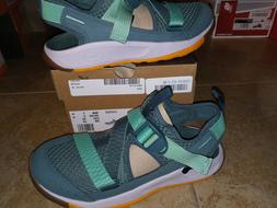 NEW $95 Womens Chaco Odyssey Water Shoes, size 7