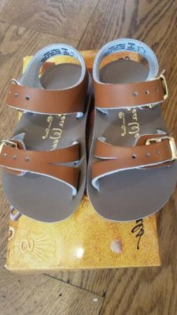 New Sun-San Salt Water Sandals,water safe Sea Wee style, tan