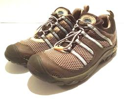 size 6 womens chaco suntrail mist colored water/hiking shoes